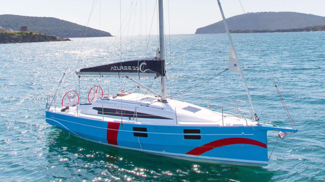 Barche a vela 10 metri: Azuree 33