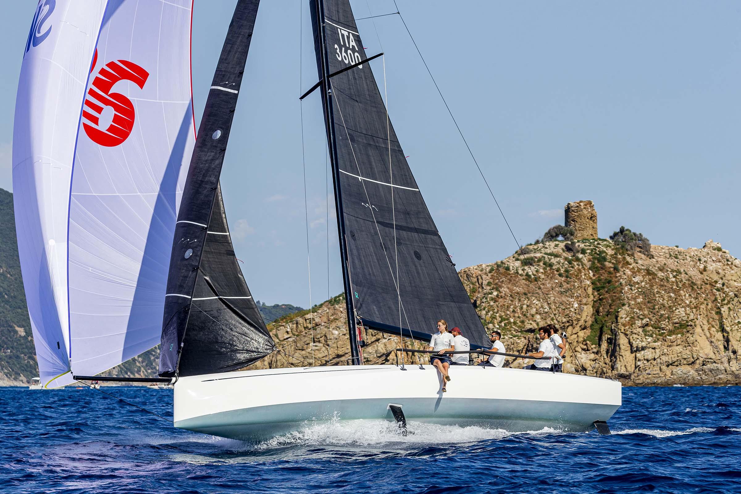 Barche a vela 10 metri: Club Swan 36
