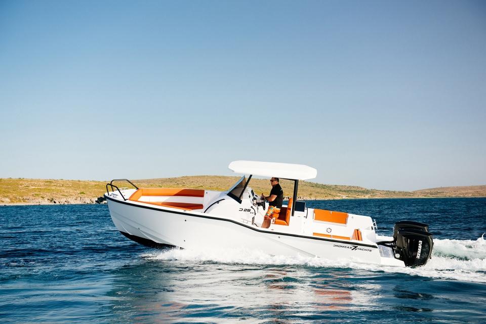 Le migliori barche da pesca 2021 - Dromeas D28CC