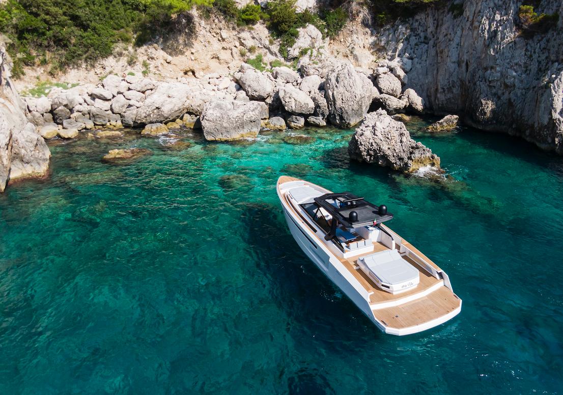 Evo Yachts - R6