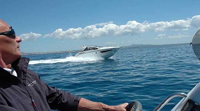 La prova in mare comincia da quando si sale a bordo e non termina fino al momento dell'attracco.